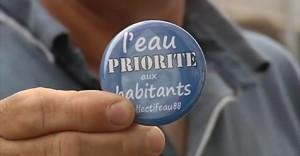 L'eau priorité aux habitants - Badge Collectif Eau 88