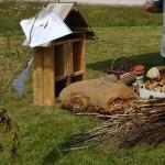 Fabrication d'hôtels à Insectes sur le festival Jardi'nature à Gugnécourt le 10 et 11 juin 2017-2.JPG